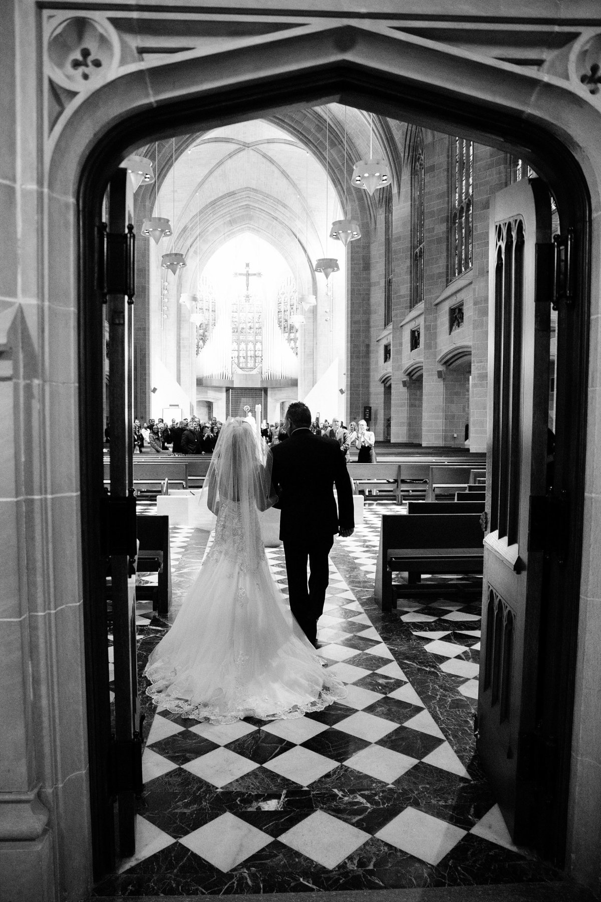 Katelyn-Matt-Downtown-Detroit-Cathedral-Most-Blessed-Sacrament-Wedding-Breanne-Rochelle-Photography37