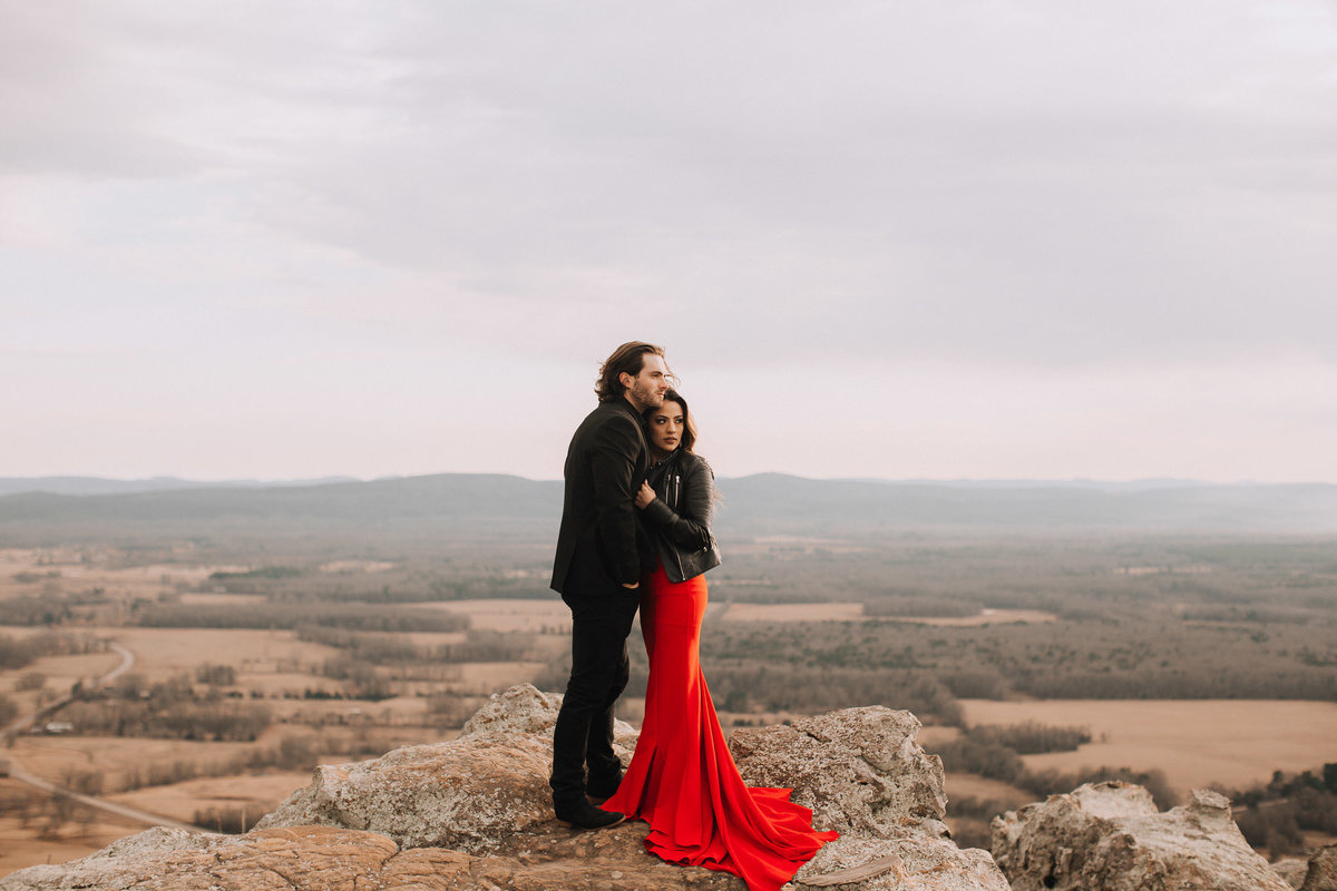 fernanda-and-great-petit-jean-state-park-arkansas-adventerous-couples-engagement-session-37