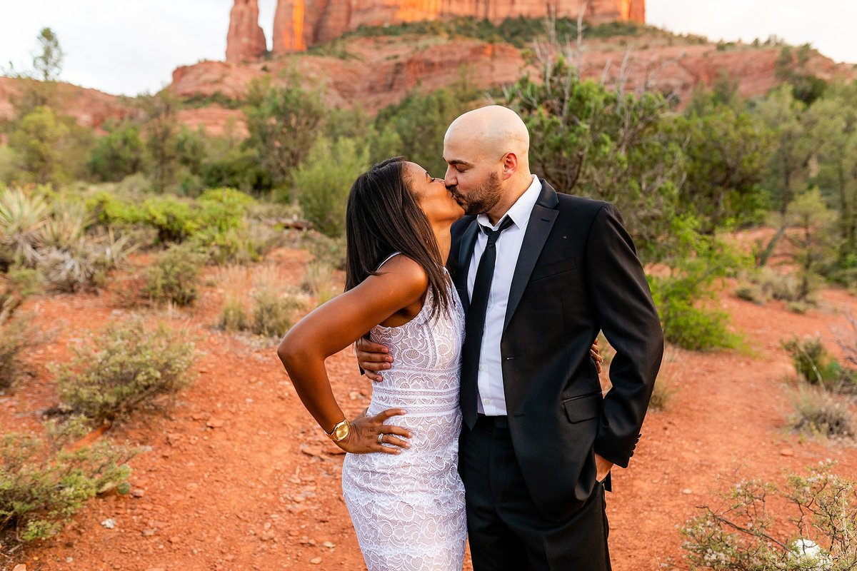 Monica + Austin - Sedona Engagement Session - Cathedral Rock - Lunabear Studios_0208