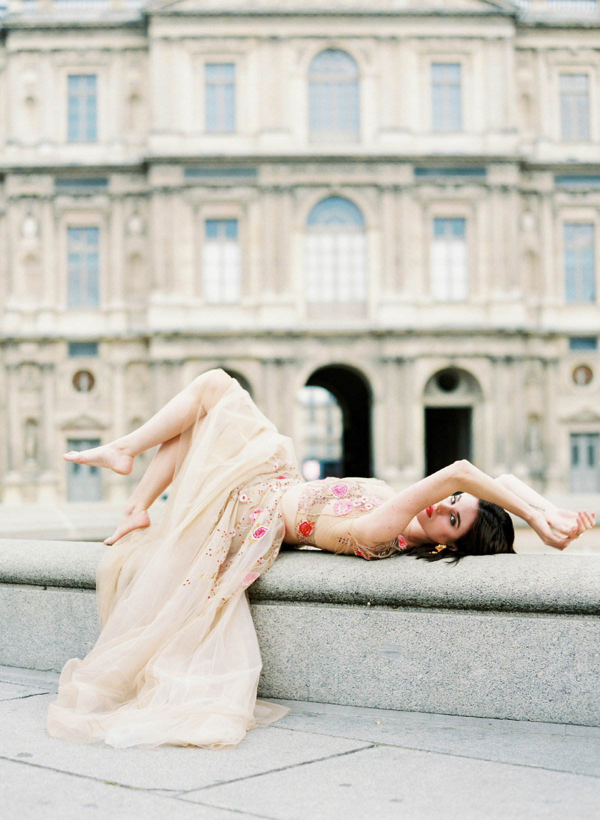 destination wedding photographer paris the lourve amelia soegijono 007