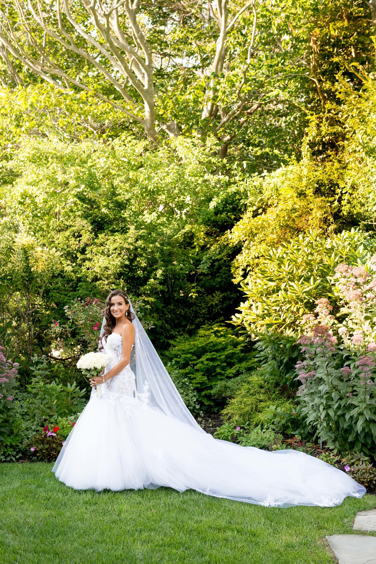Bridal portrait at Giorgio's Baiting Hollow