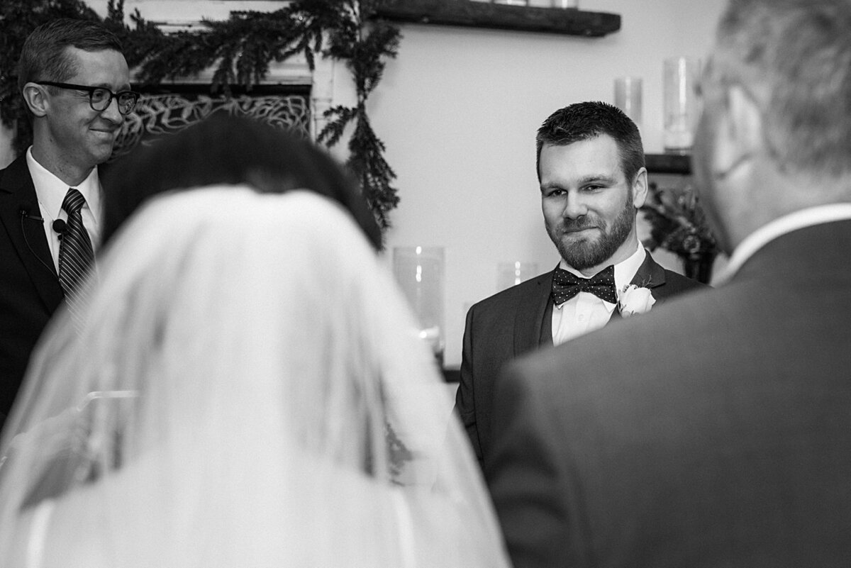 The Stanley Wedding Photos- Lees Summit, MO Wedding Photographer-Emily-Lynn-Photography_0012