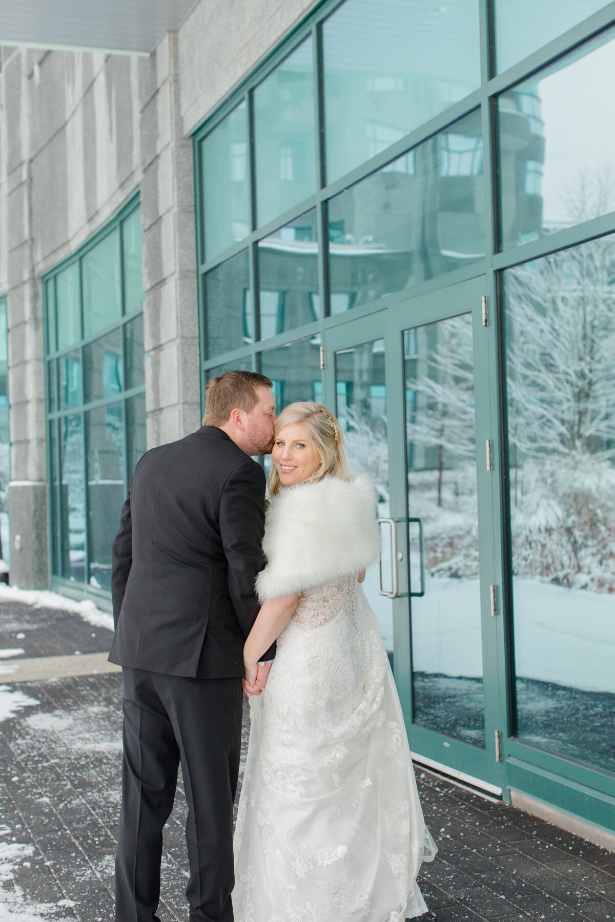 gold-white-black-tie-theme-NYE-wedding-2019-brookstreet-hotel-kanata-ontario-grey-loft-studio-37