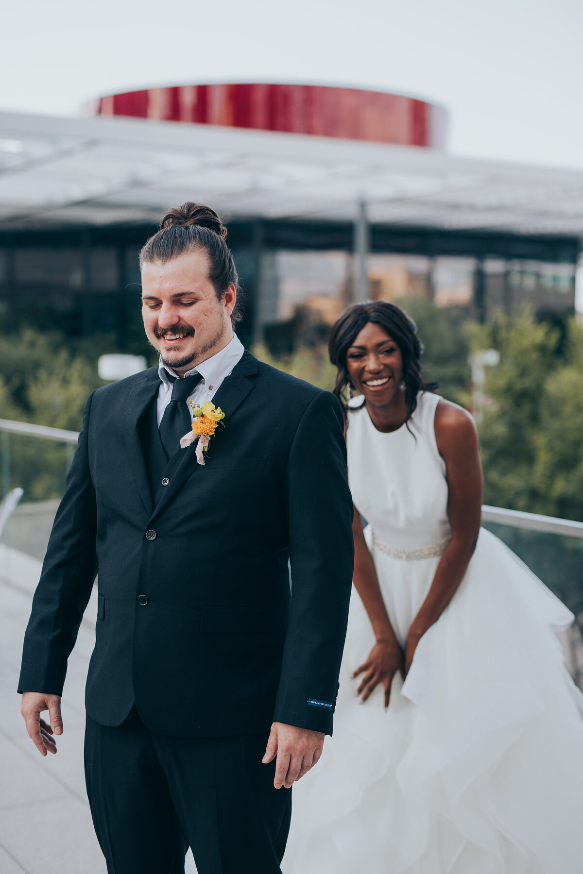 The Artisan Downtown Dallas Nimbus Events Bride Groom First Look
