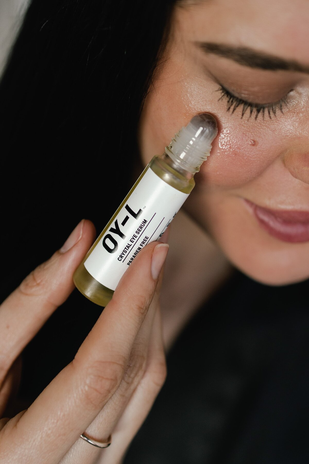 OY-L Clean Beauty Under Eye Serum for Dark Circles Review by Clean Beauty Blogger Alex Perry