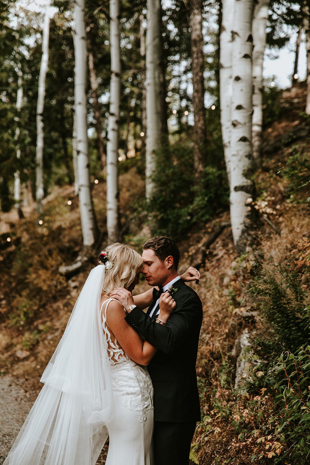 pre-wedding cuddles at Blackstone Rivers Ranch in Idaho Springs, CO