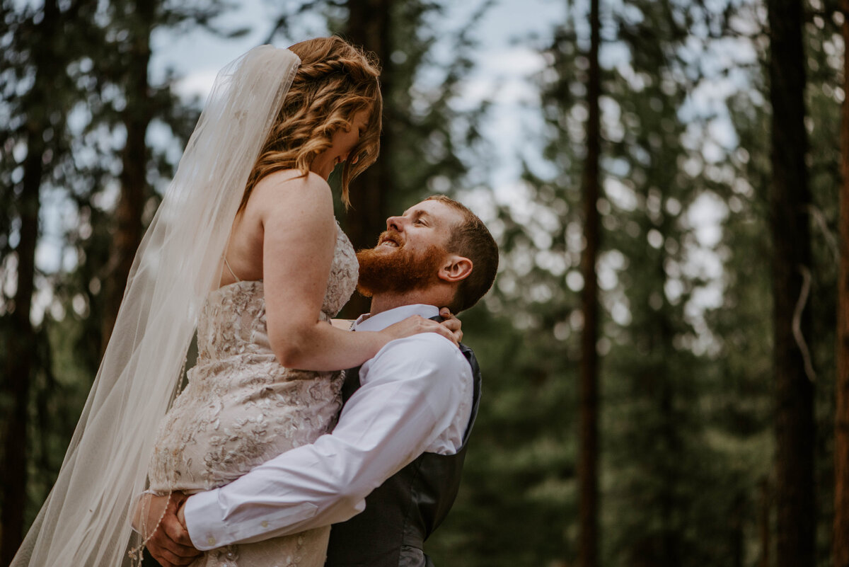 ochoco-forest-central-oregon-elopement-pnw-woods-wedding-covid-bend-photographer-inspiration2934