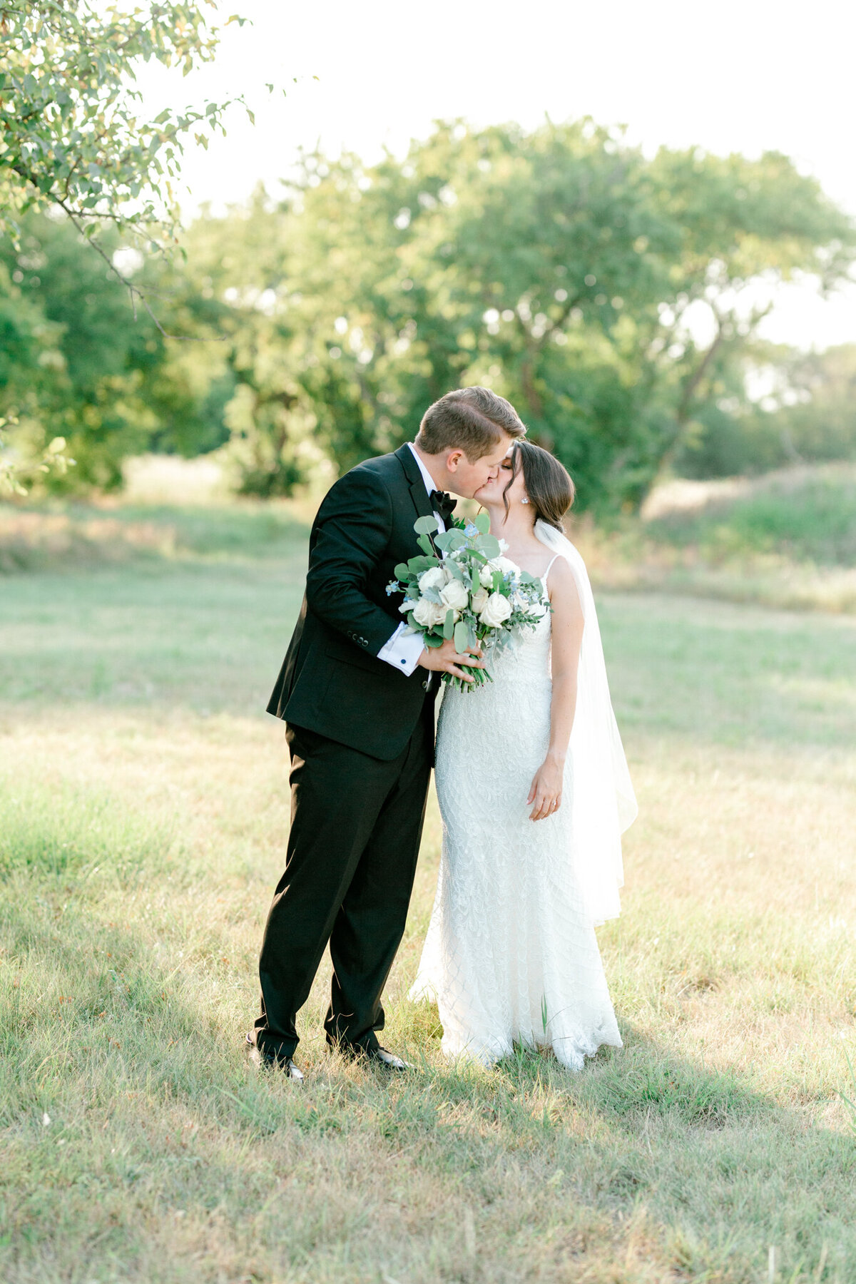 Anna & Billy's Wedding at The Nest at Ruth Farms | Dallas Wedding Photographer | Sami Kathryn Photography-167