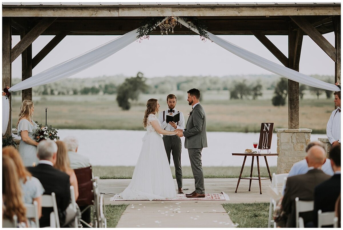 Modern Farmhouse Wedding with Organic details at Emery's Buffalo Creek - Houston Wedding Venue_0607