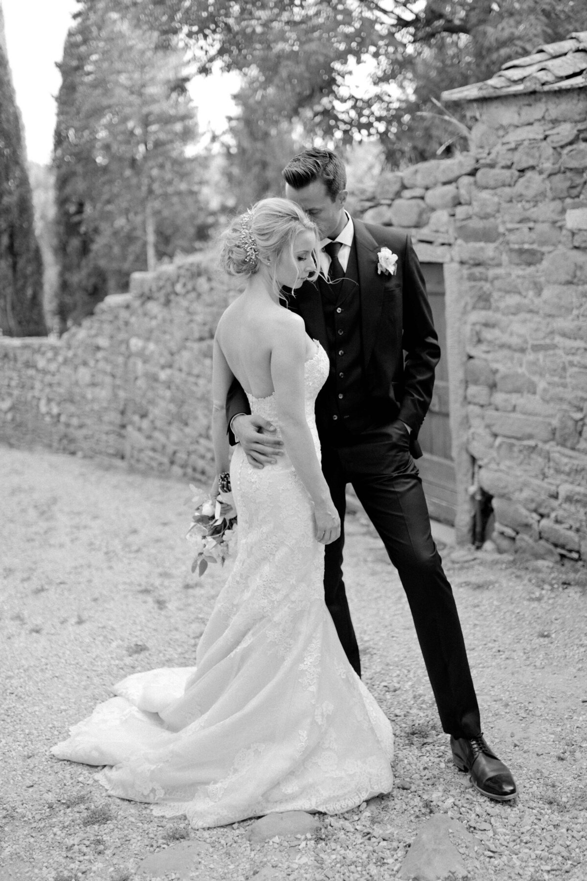 109_Tuscany_Luxury_Wedding_Photographer (119 von 215)_So thankful to be a luxury destination wedding photographer in Tuscany! Claire and James invited their beloved family & friends from London to their luxury wedding in Tuscany.