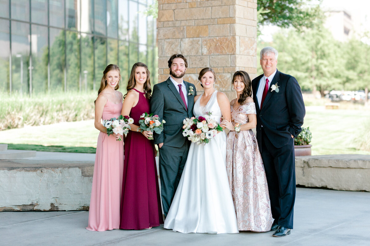 Kaylee & Michael's Wedding at Watermark Community Church | Dallas Wedding Photographer | Sami Kathryn Photography-74