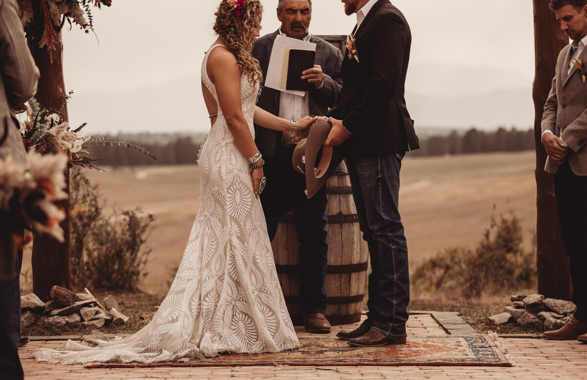 younger-ranch-wedding-Native-Roaming-Photography-55