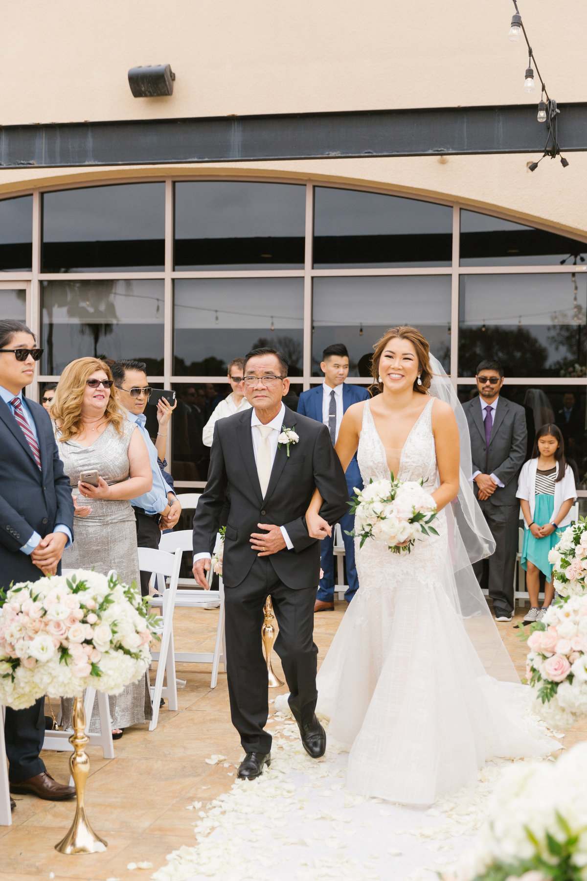 Huntington-Beach-Wedding-The-Venue-21
