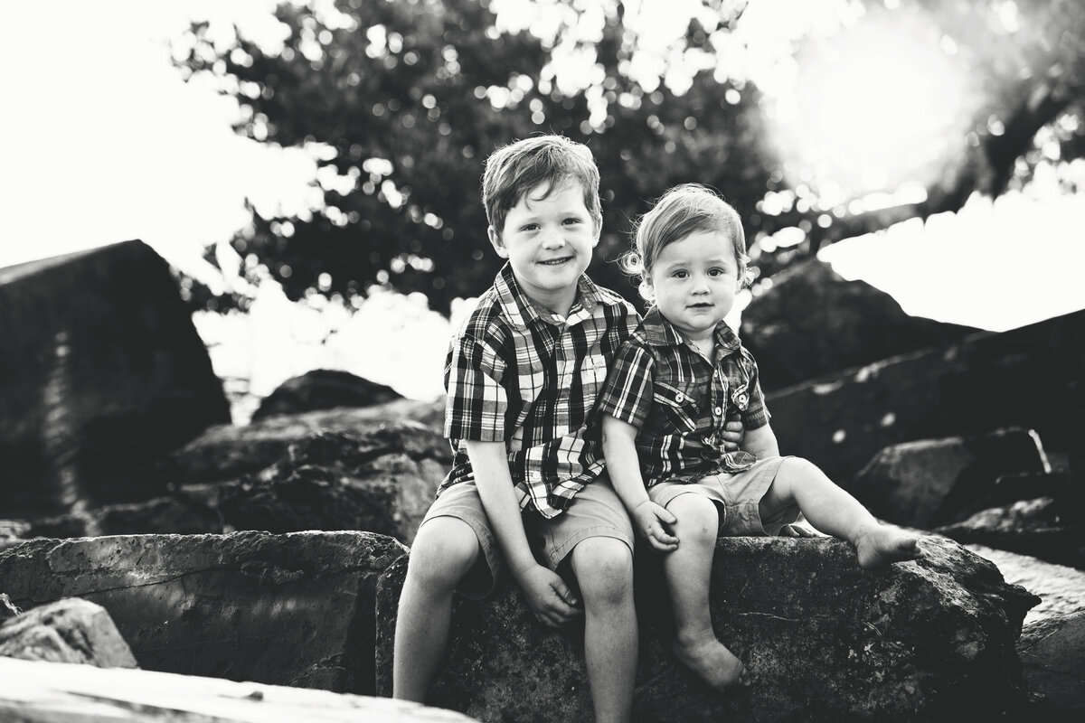 portrait-of-brothers-southern pines-nc-family-photographer-2