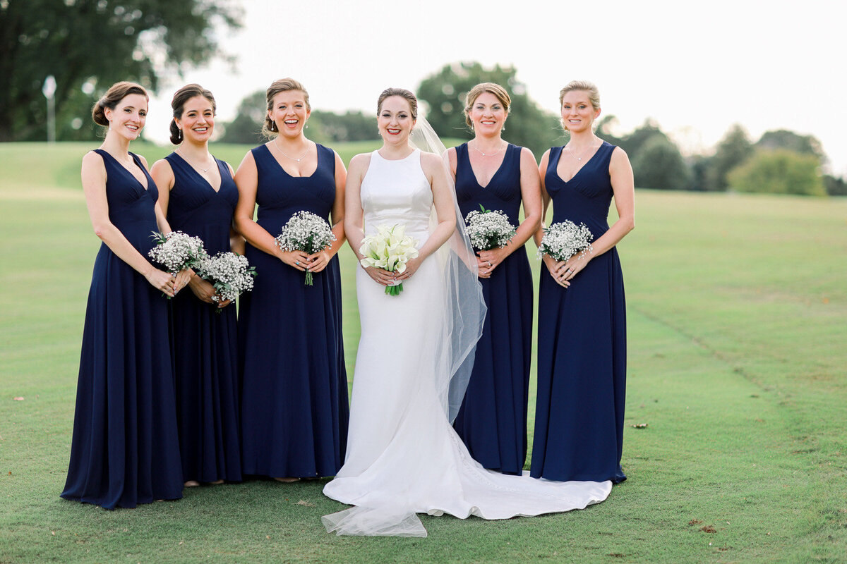 North Carolina wedding photographer photographs a classically Southern wedding at Forsyth Country Club in Winston-Salem.