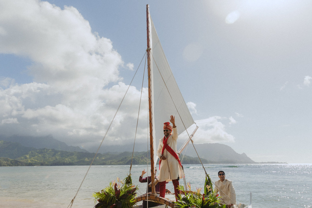 creative_modern_kauai_wedding_photographer_13