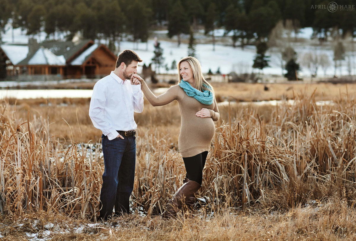 Denver Maternity Photographer Evergreen Lake House