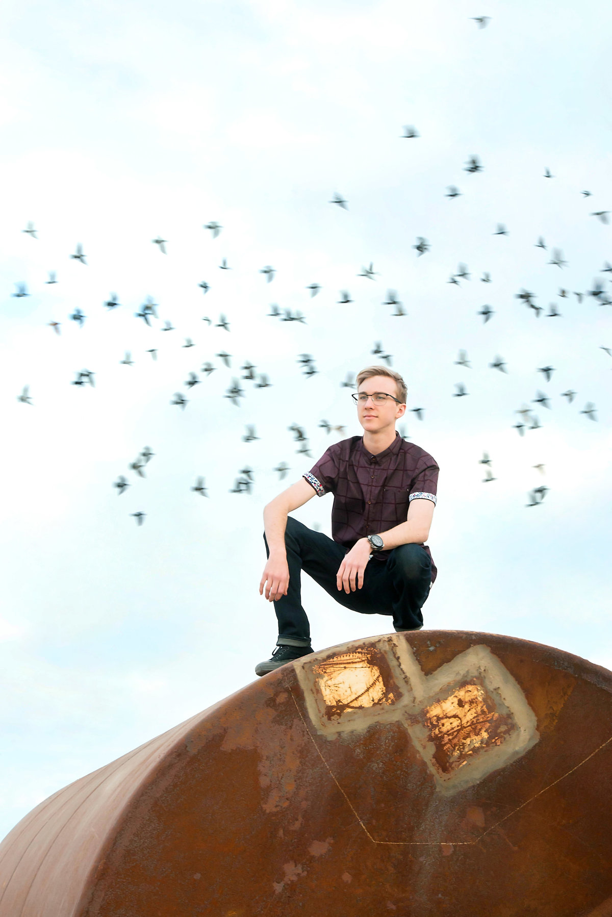 senior portrait with birds