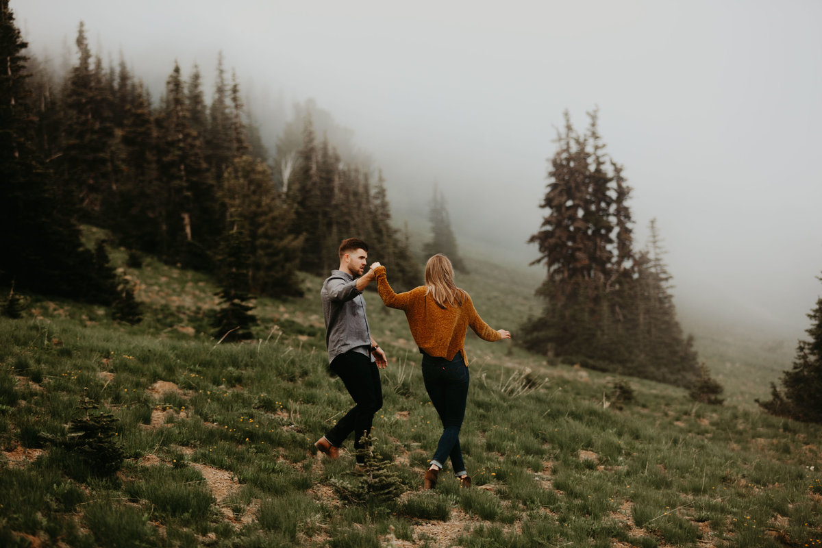 Marnie_Cornell_Photography_Engagement_Mount_Rainier_RK-192