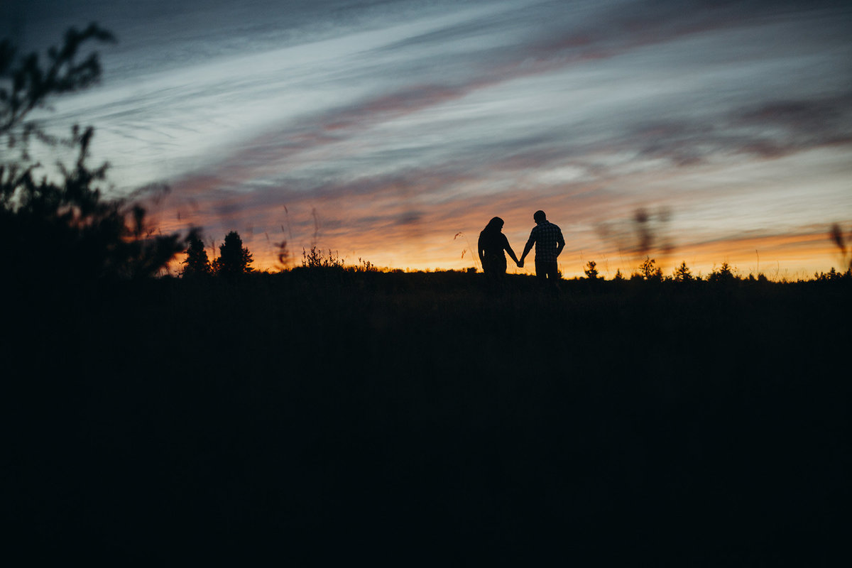 sunset ottawa engagement