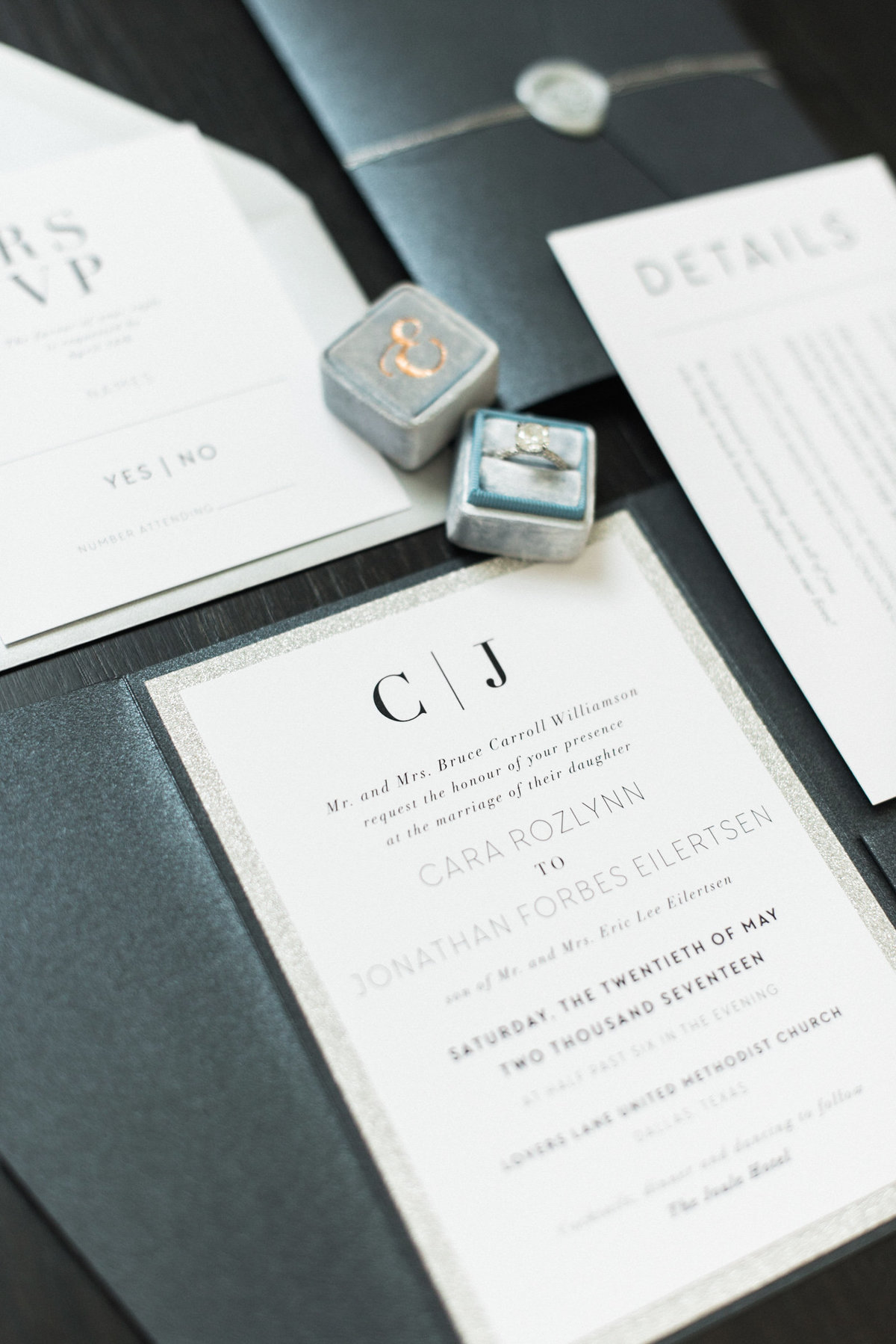 Courtney Hanson Photography - Modern wedding at The Joule-2193