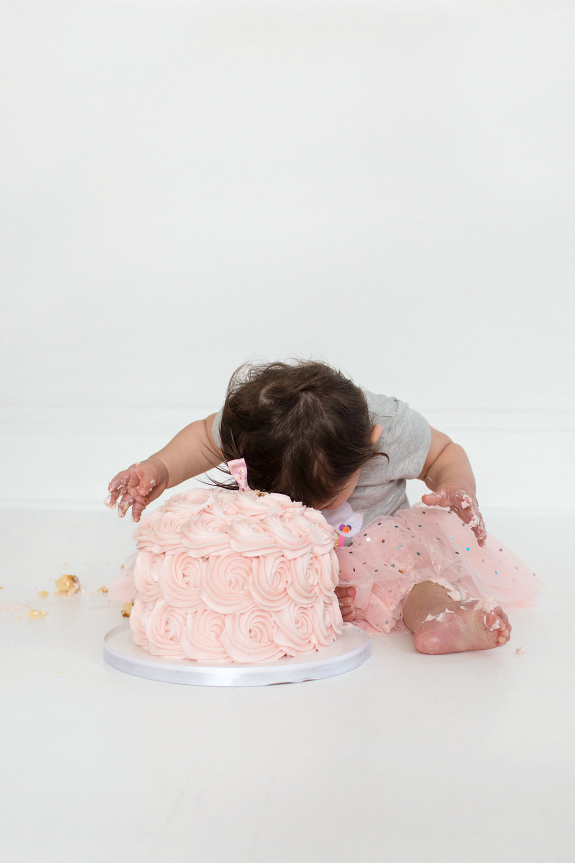 St-Louis-Studio-Child-Photographer-Cake-Smash-1-year-old-Sheth_60