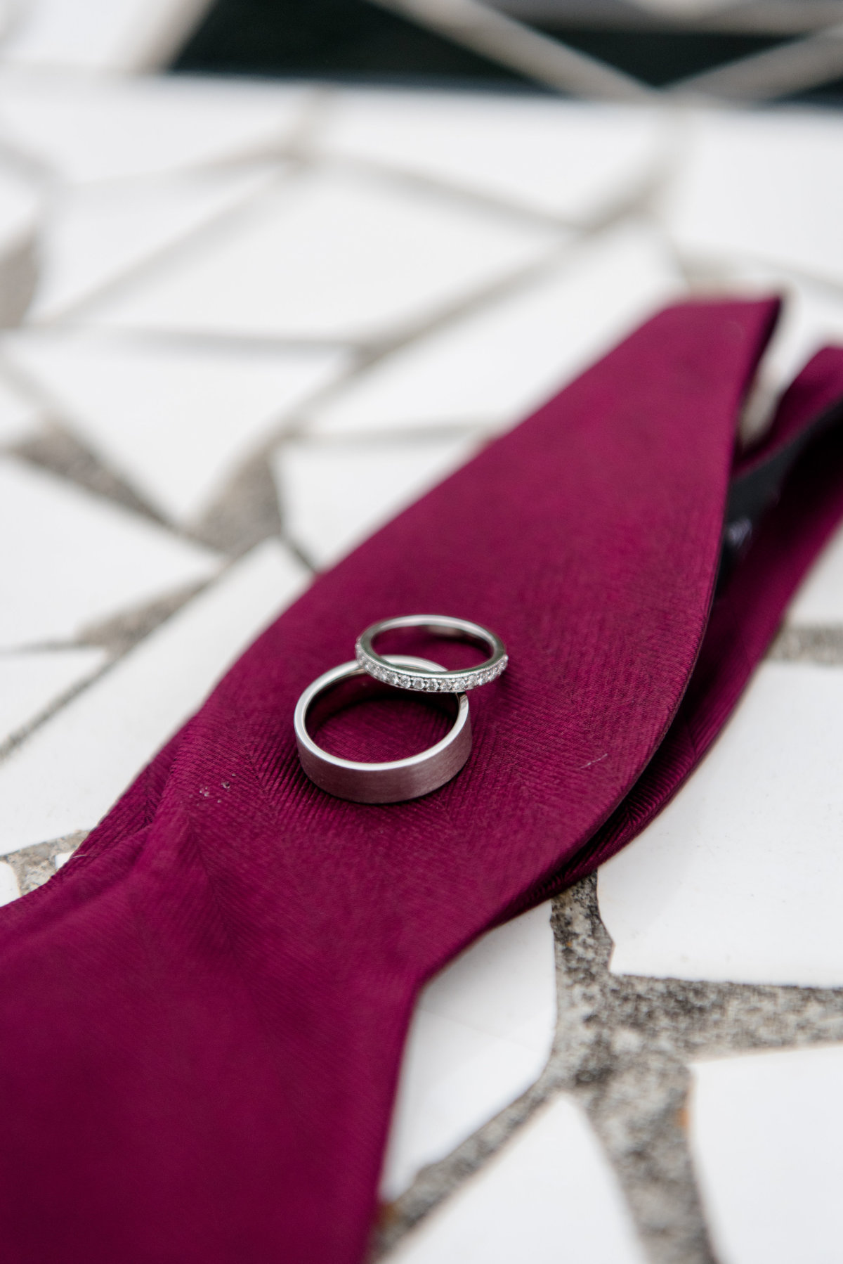 bow tie wedding ring details