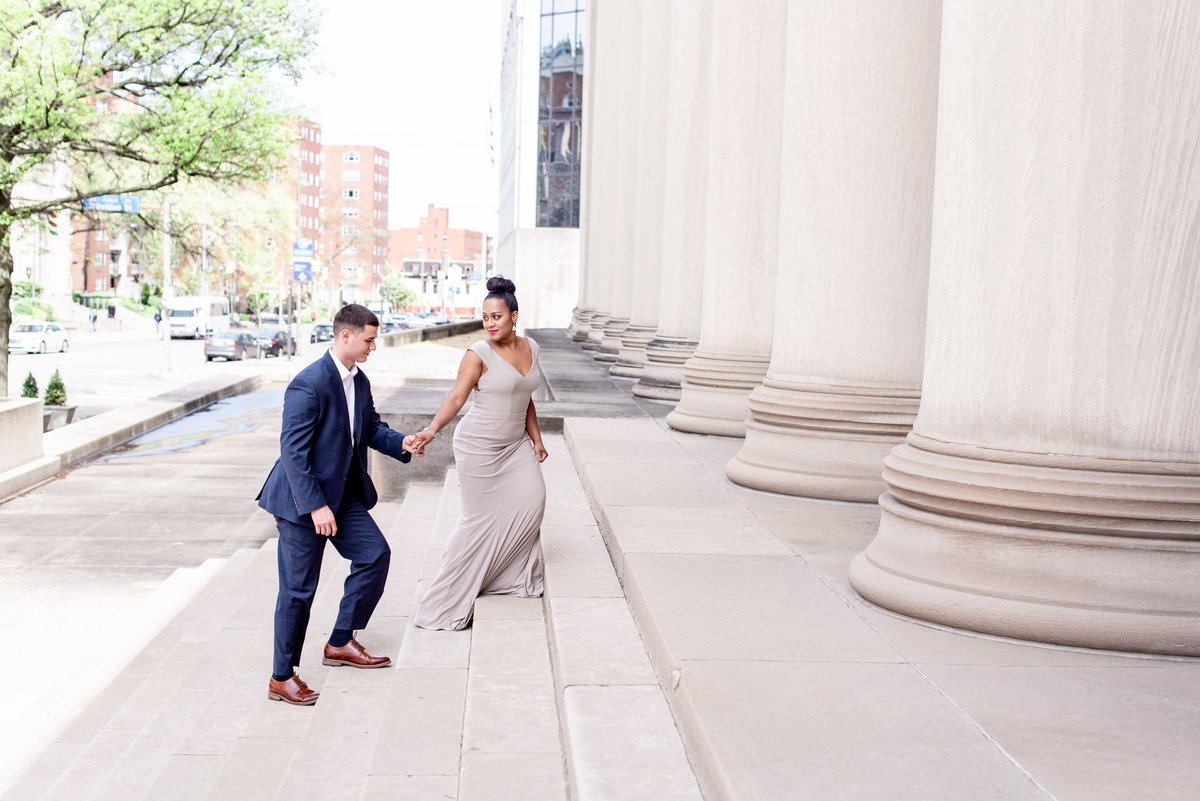 DowntownPittsburghPAWeddingEngagementPhotography-8