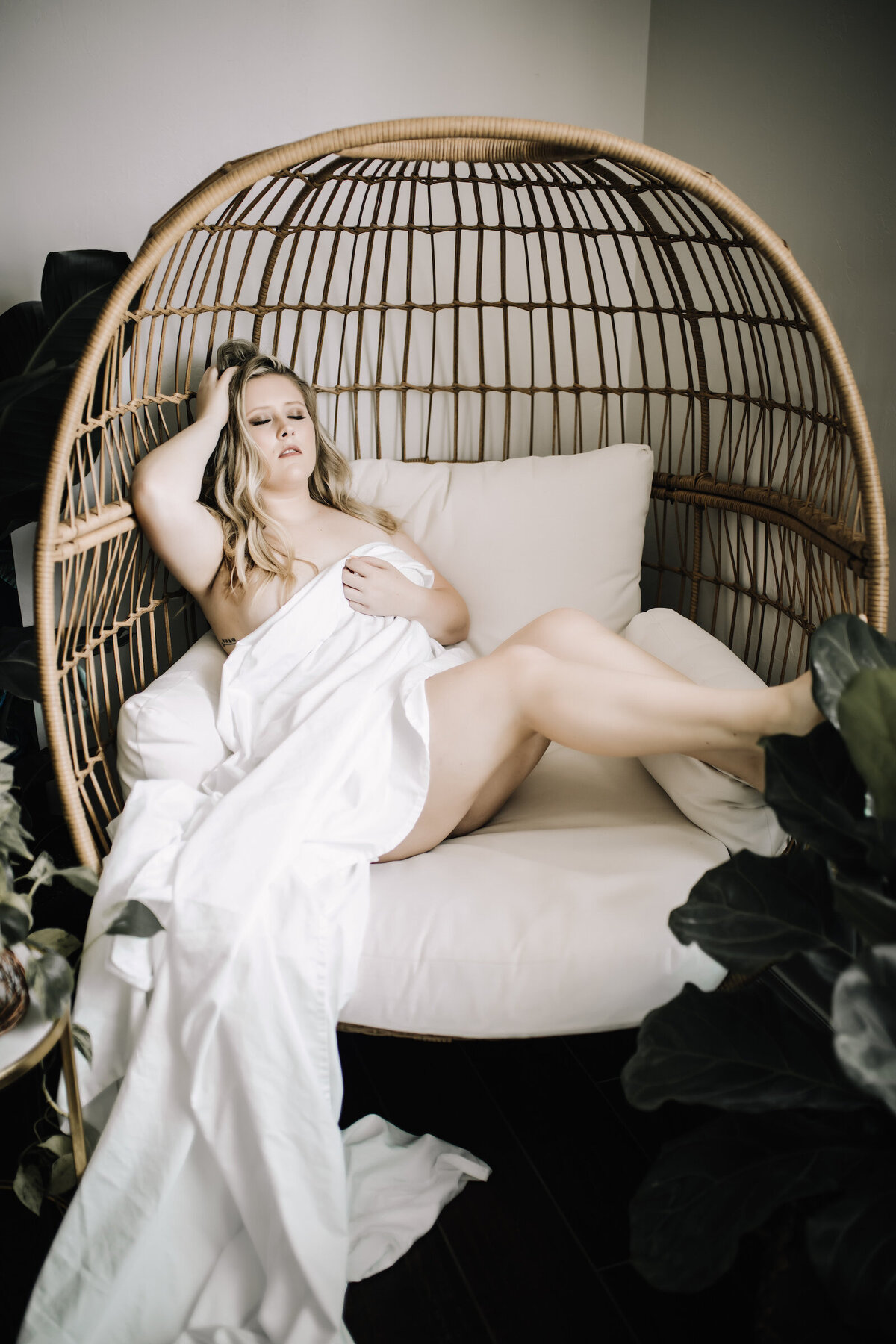 Mikayla_BoudoirSession-120