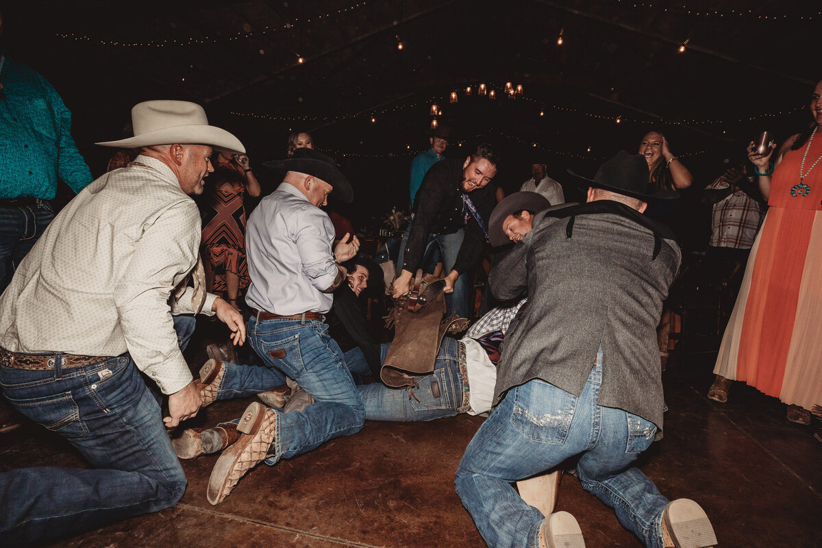 younger-ranch-wedding-Native-Roaming-Photography-90