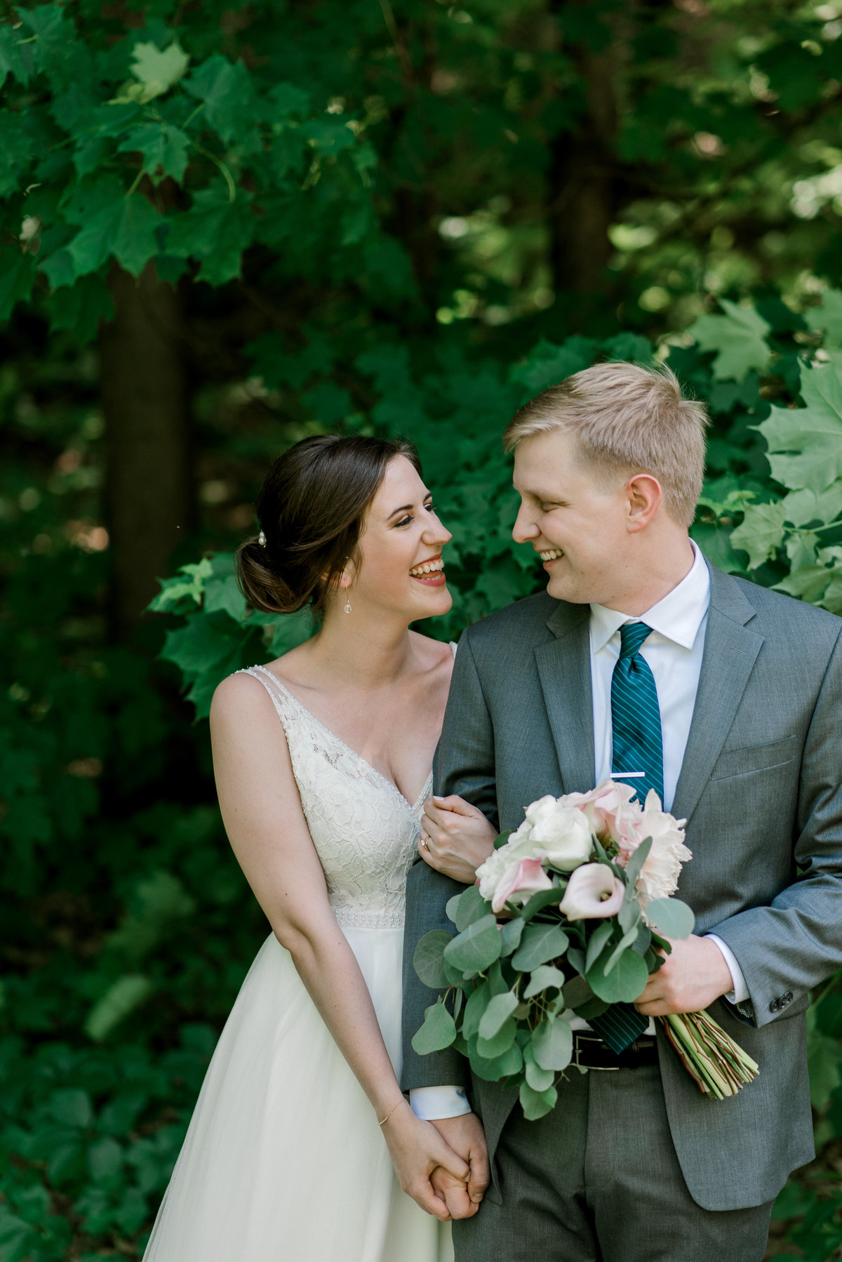Lauren Baker Photography Minneapolis St Paul Twin Cities Wedding Senior Photographer bride and groom Historic Concord Exchange