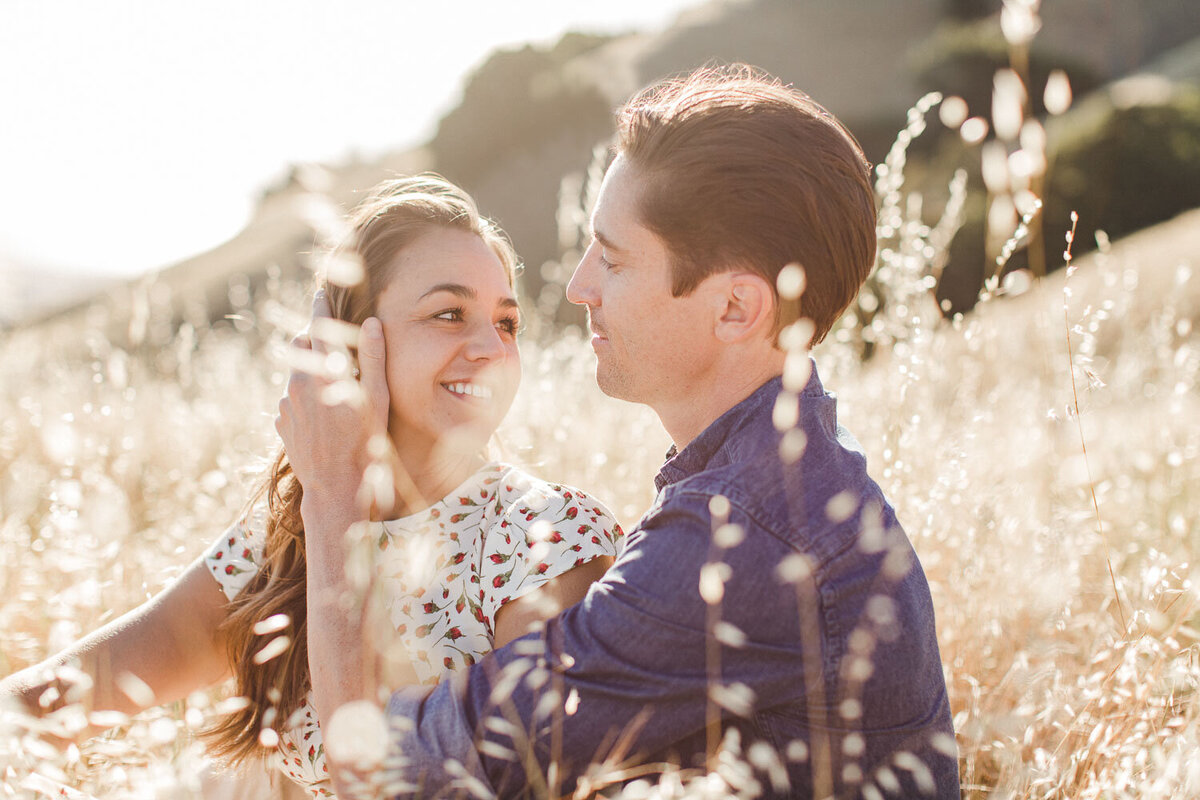 Trojan-Point-on-Mount-Tamalpais-Marin-county-engagement_session_avh_photography00037