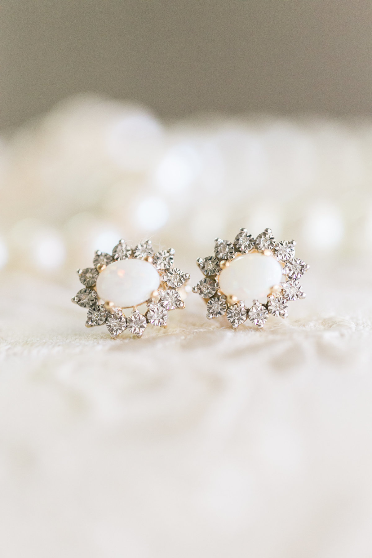 Pearl Earrings with diamonds