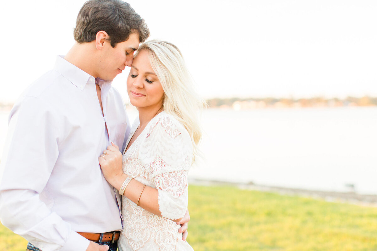Renee Lorio Photography South Louisiana Wedding Engagement Light Airy Portrait Photographer Photos Southern Clean Colorful19