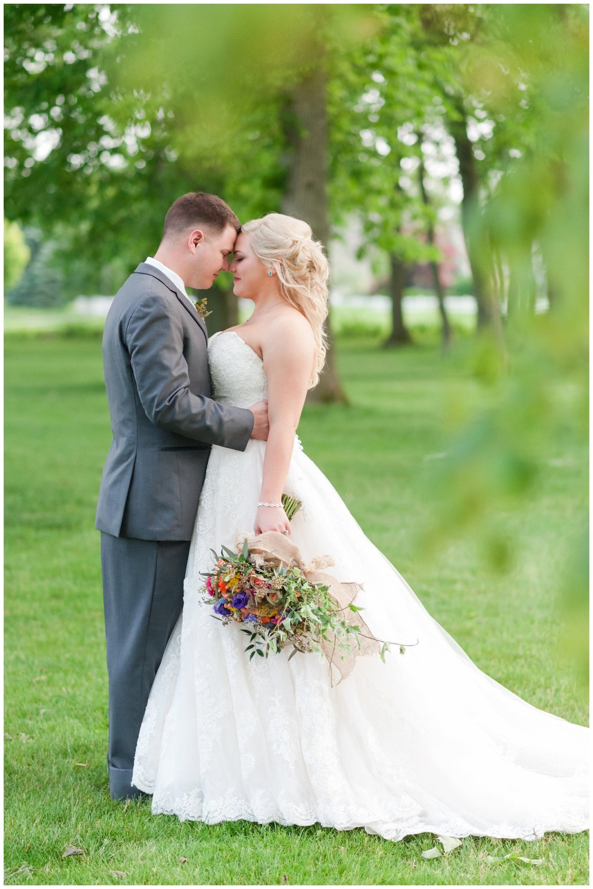 Heritage golf and country club wedding hilliard ohio wedding photos_0045