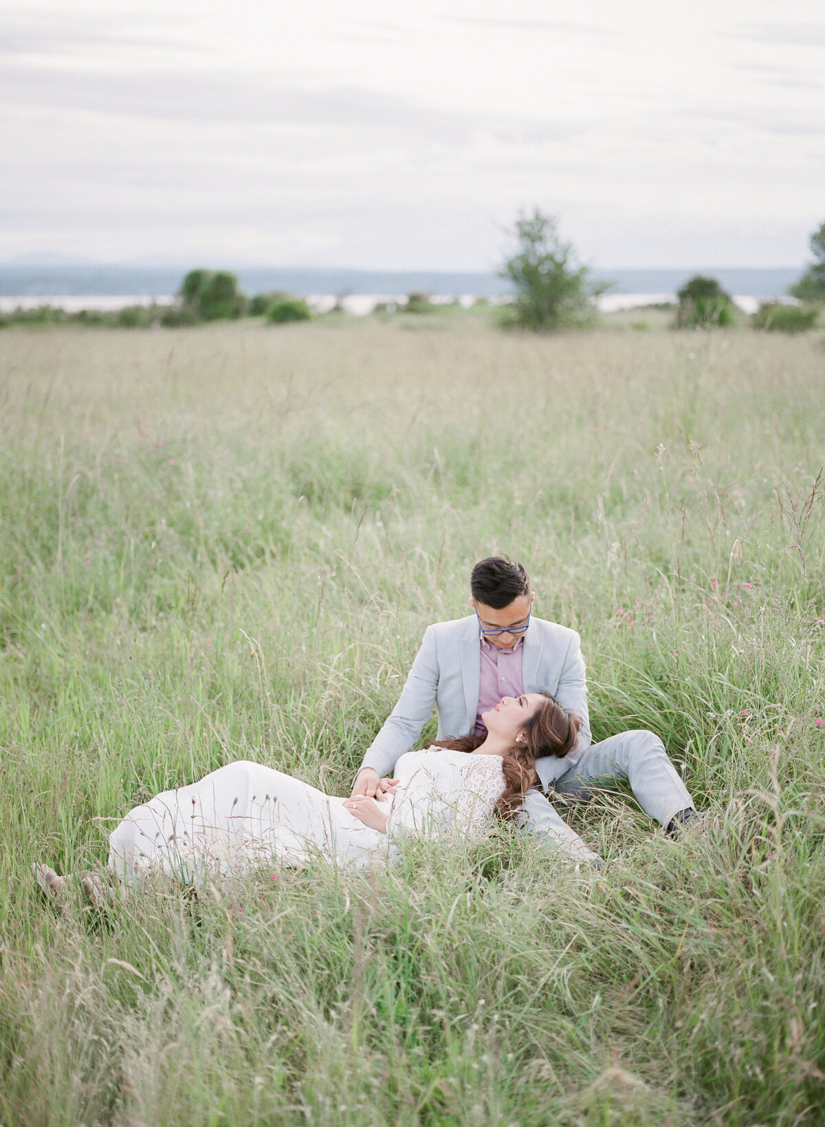 Nikki & Matt - Discovery Park Engagement - Tetiana Photgoraphy-39
