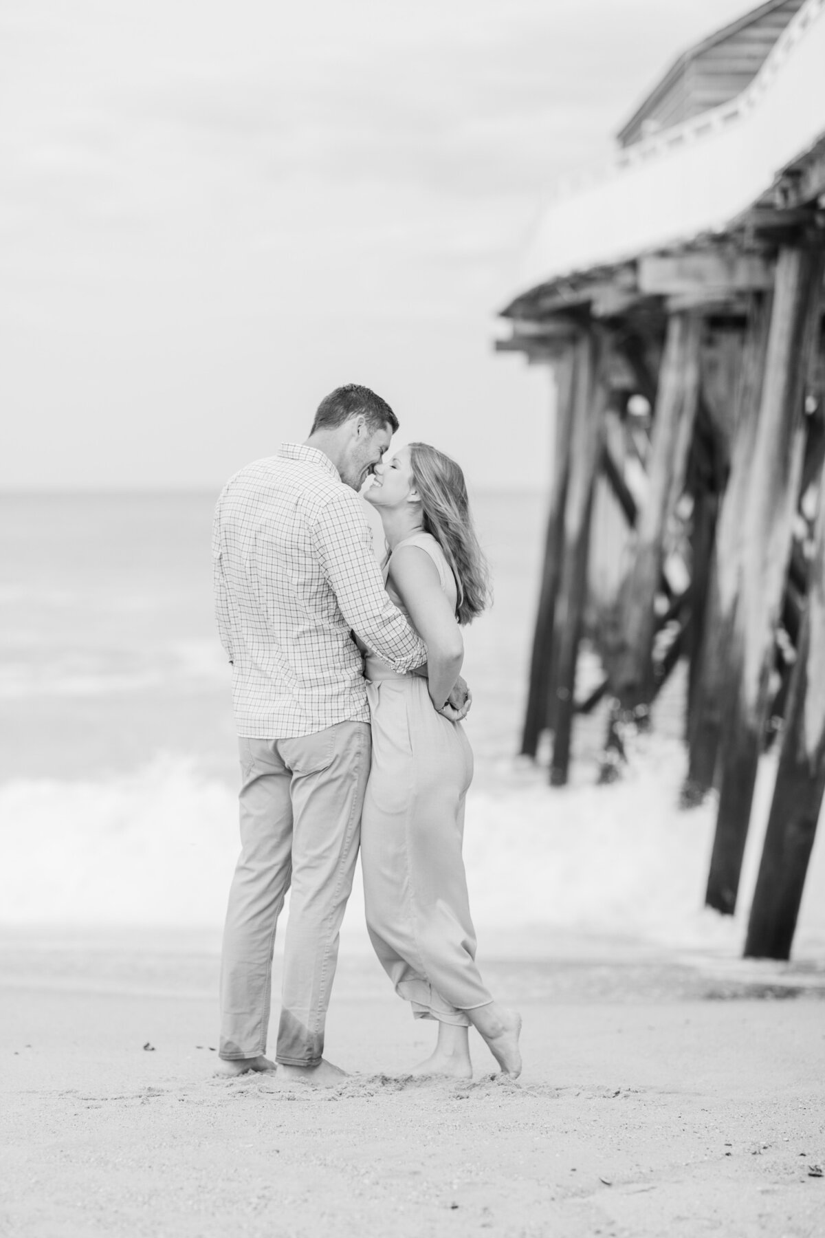 Fishermans_Pier_Belmar_Beach_Engagement-20