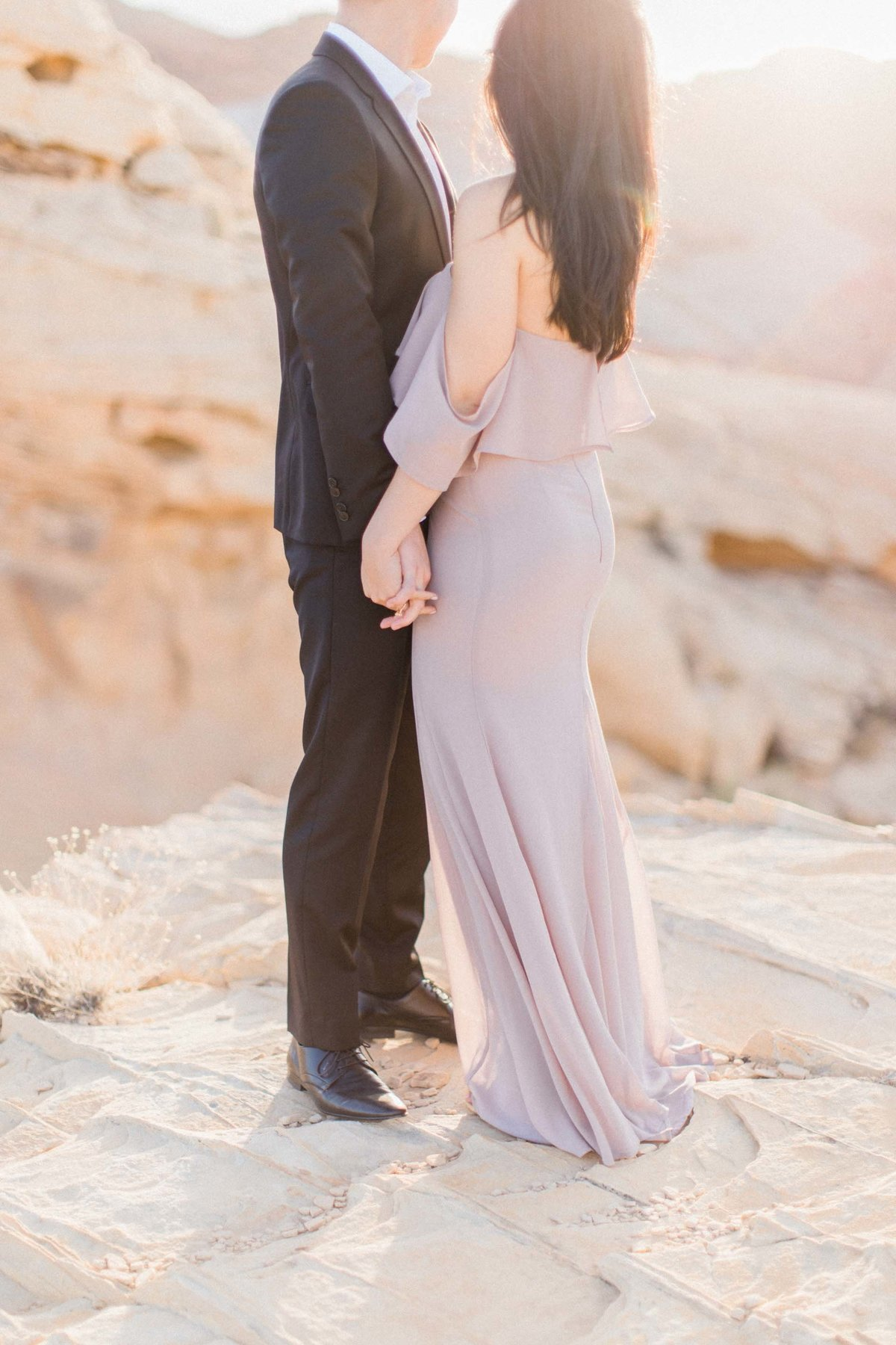 Valley-of-Fire-Las-Vegas-Engagement-Photographer-8-DT