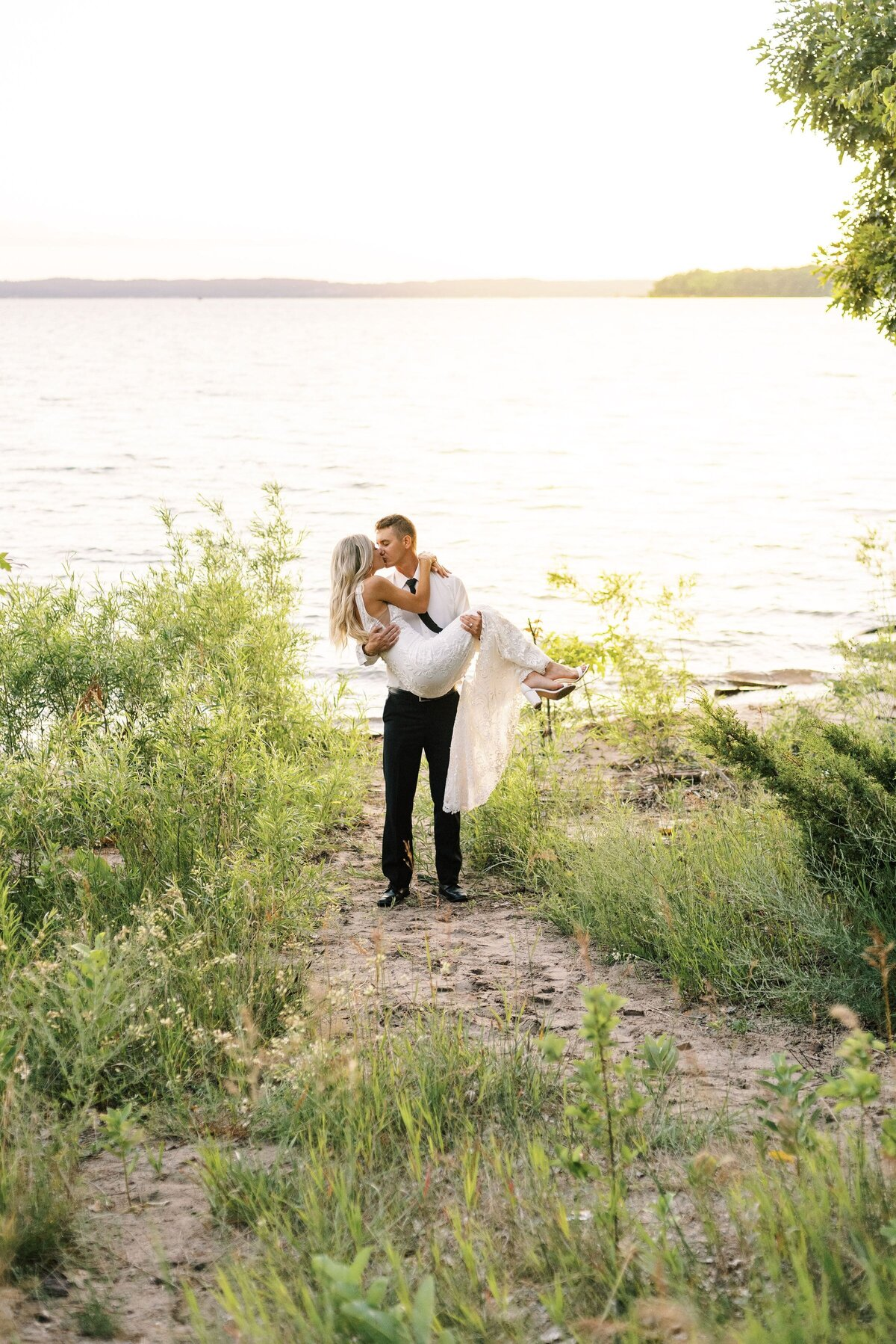 The Day's Design Traverse City Florist Elopement-min