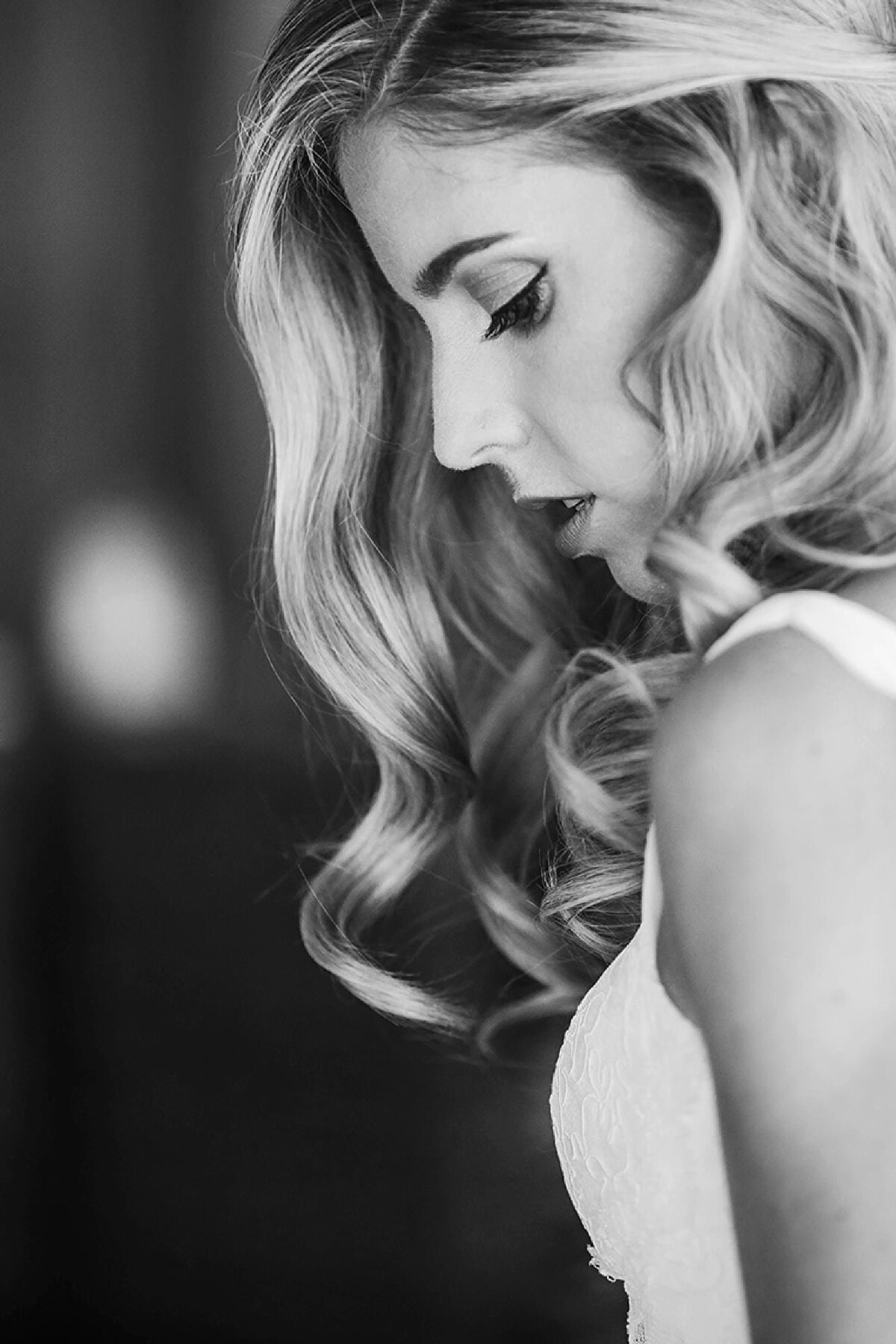 Merriman's Kapalua wedding photographer bridal portrait in black and white