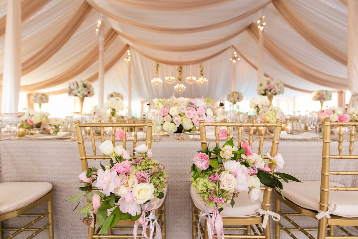 Tented Baltimore wedding by Elizabeth Bailey Weddings || tPoz Photography