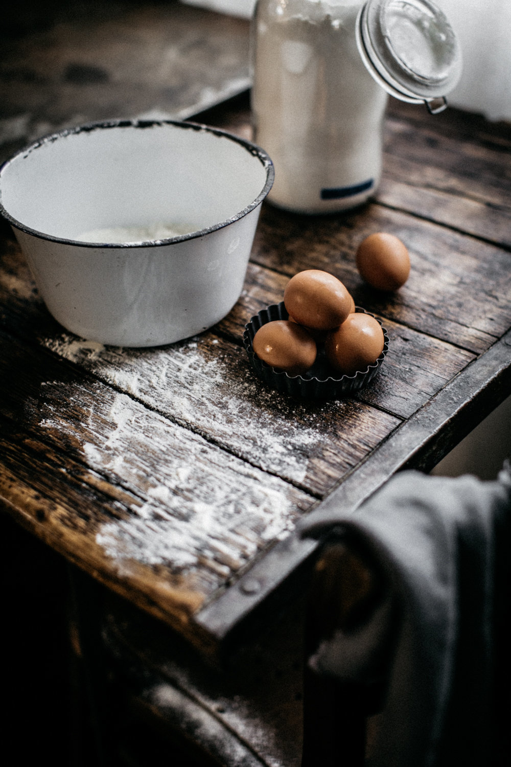 Flour & Eggs Food Photography | Back light - Anisa Sabet - Photographer