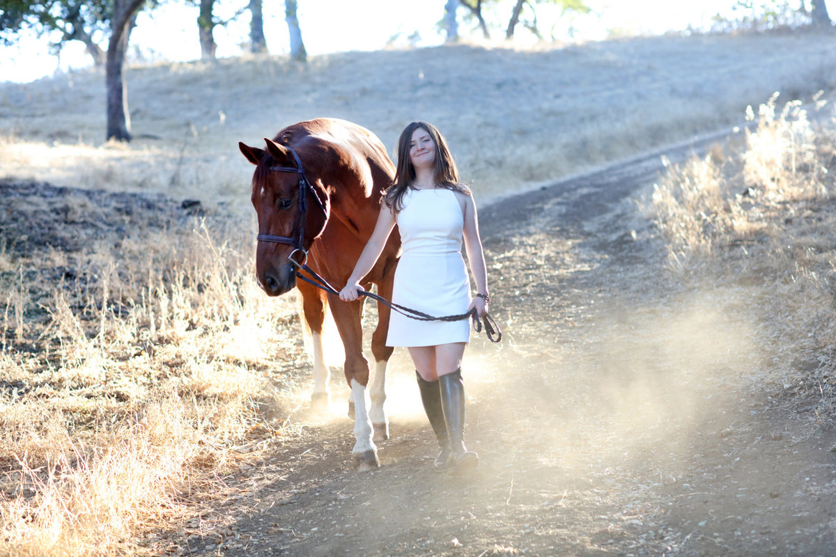 Senior portraits with horse outdoor natural light