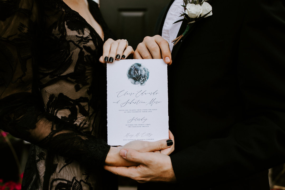 HALLOWEEN THEMED WEDDING - AMERICAN GOTH WEDDING - BLACK WEDDING - THE LOVELY LENS PHOTOGRAPHY-119