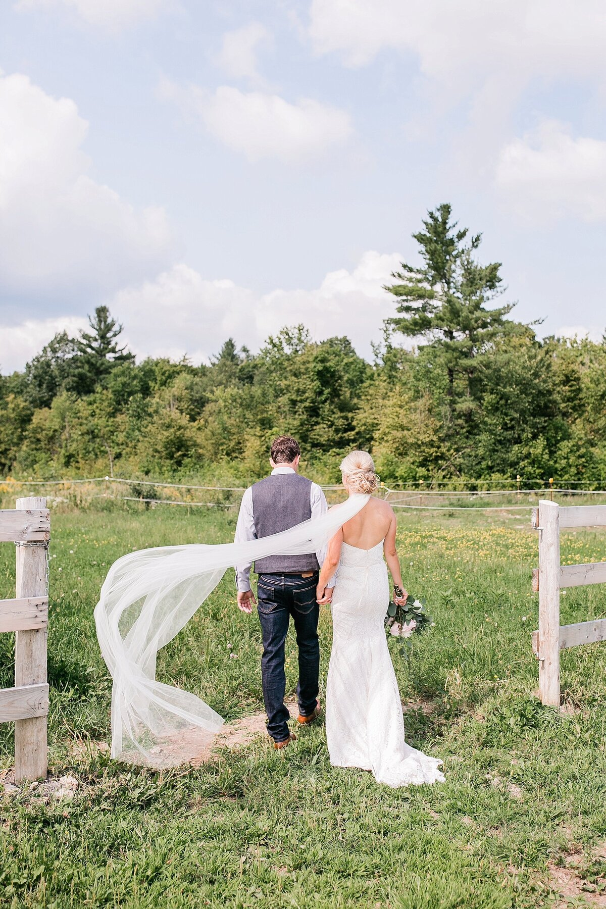 Ottawa-Country-Wedding-LauraClarkePhotos_0014