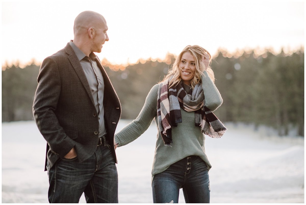 Outdoor-Winter-Couples-Session010