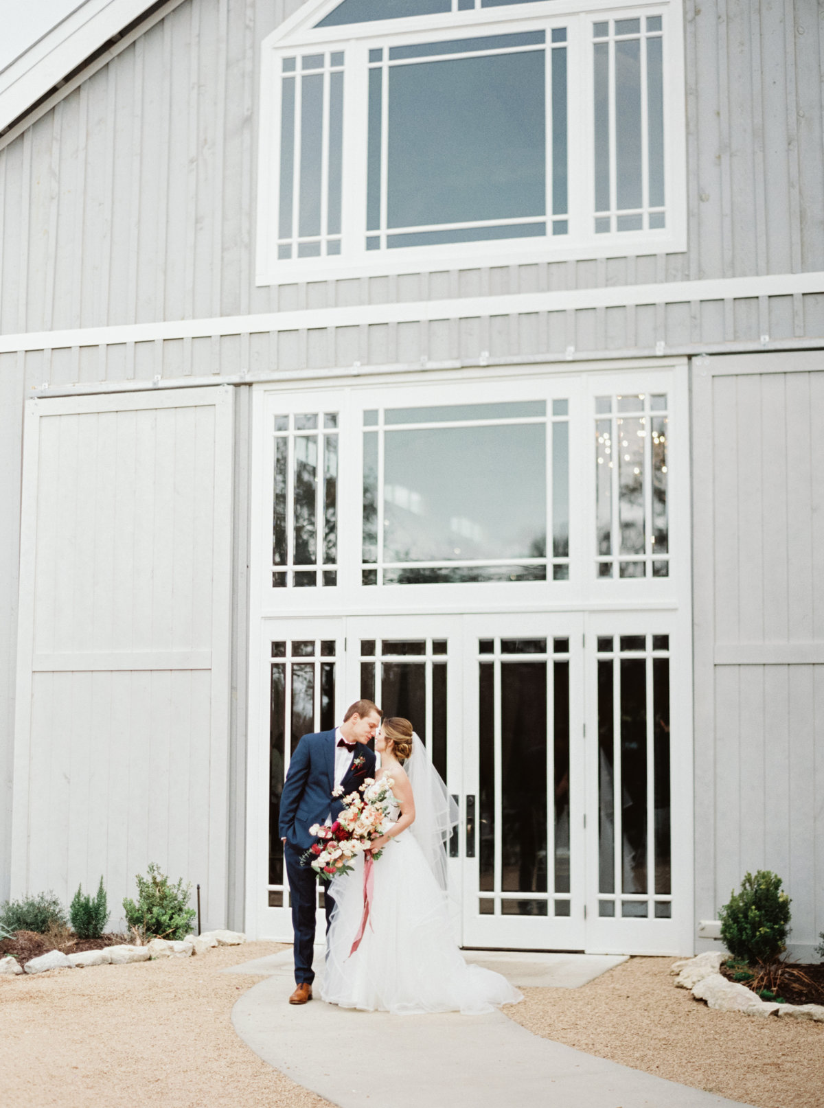 Addison-Grove-Wedding-Photos-Dripping-Springs-TX-04