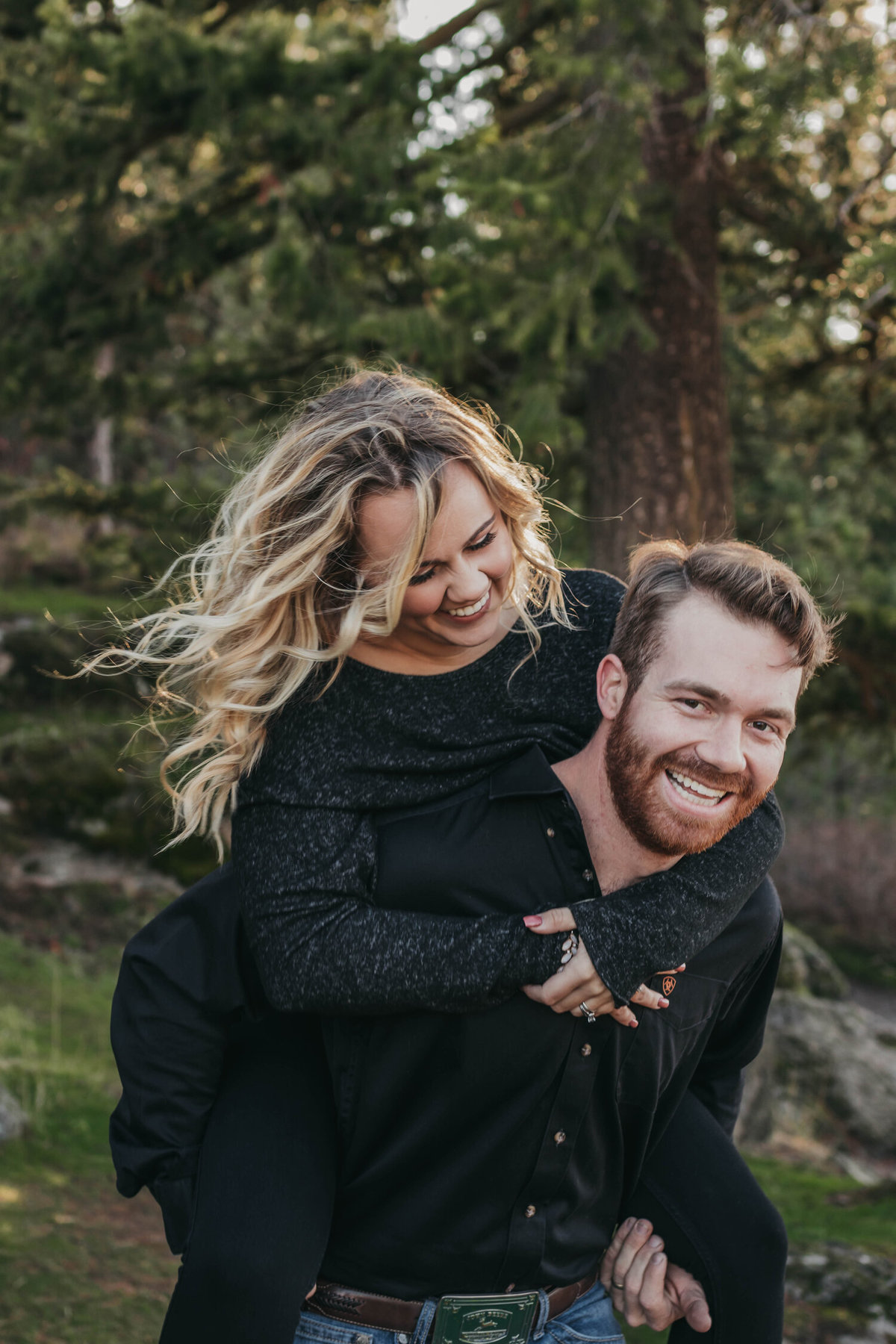 Tubbs+Hill+Engagement+Session+-+Lake+Coeur+d'alene+Idaho+-+Clara+Jay+Photo_-9 (1)