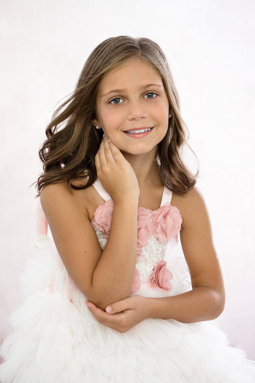 Professional little beauty portrait of girl in Buffalo, New York