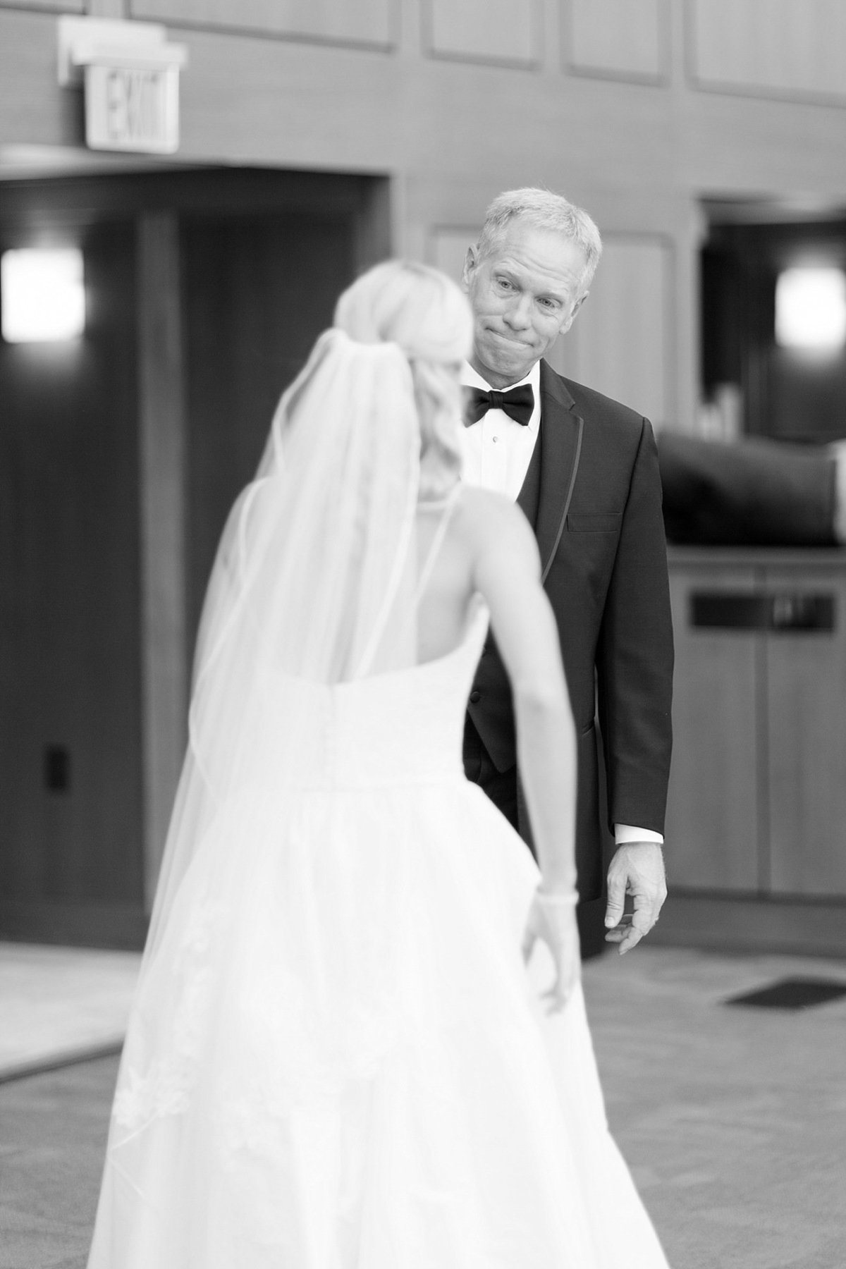Indianapolis Central Library Wedding_0010